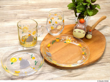 "【Nationwide】Studio Ghibli work ""My Neighbor Totoro"" goods new products, glassware and towel series with summer design with Totoro and summer orange as motif will appear from the middle of June."