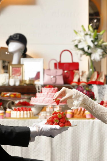 """【St. Regis Hotel Osaka】Strawberry Sweets Buffet, """"Strawberry Boutique"""" will be held from the end of December!"""